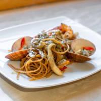 Spaghetti Di Lenticchie Gialle Allo Scoglio In Bianco