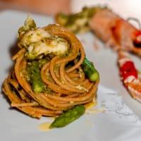 Spaghetti Di Lenticchie Gialle Con Scampi E Crema Di Asparagi