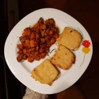 Breaded scamorza cheese with rosemary sweet potatoes