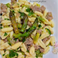 Cavatelli with asparagus and sausage