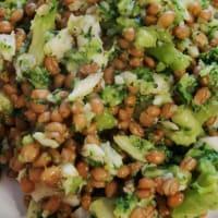 Sea bream and broccoli spelled