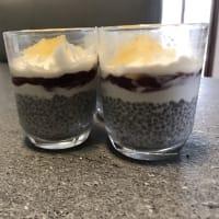 Pudding di chia e yogurt greco