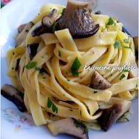 Tagliatelle with cardoncelli mushrooms