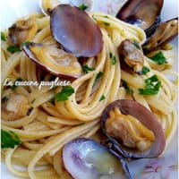 Linguines with clams