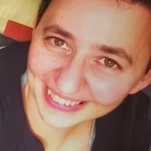 Veronica Momi avatar