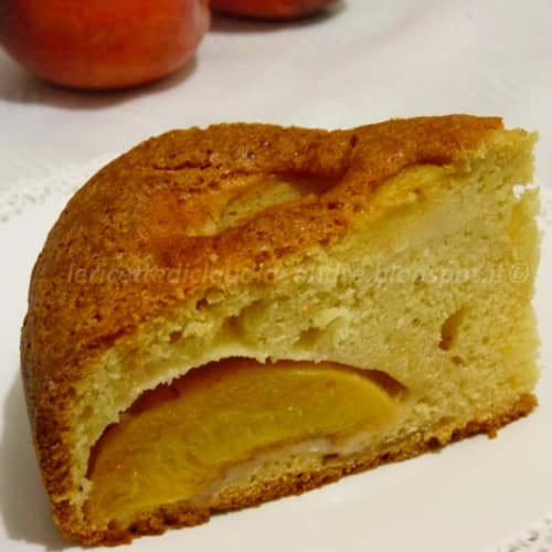 light cake with peaches