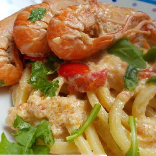 Pincinelle with crabmeat, shrimp and arugula