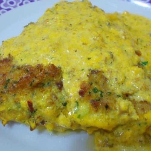 Perch escalope with saffron sauce