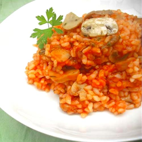 Risotto with mushrooms and artichokes