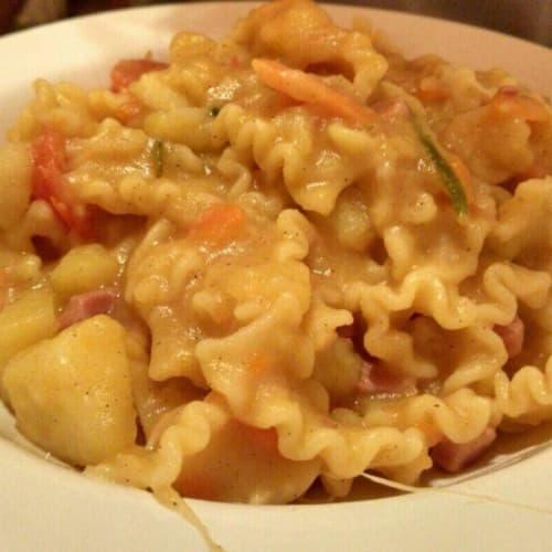 patatas de pasta y Provola napolitano