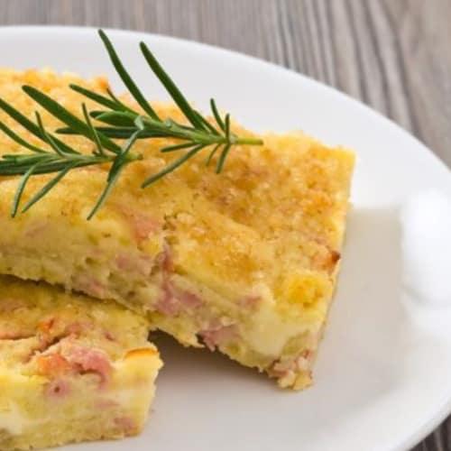Pastel de las patatas con la berenjena