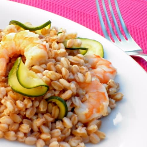 Barley salad, zucchini and shrimp