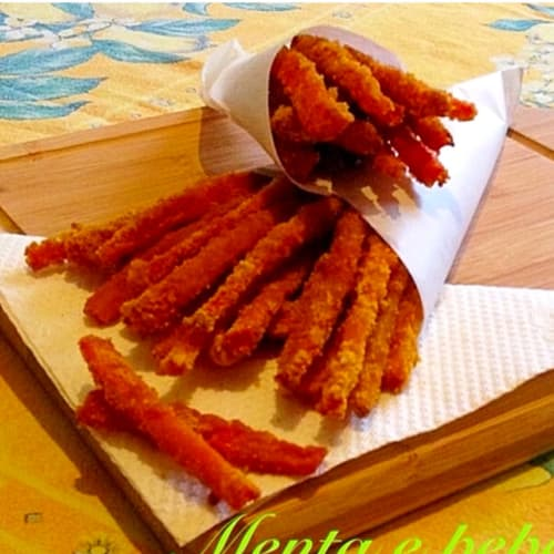 Carrot sticks with crunchy breading