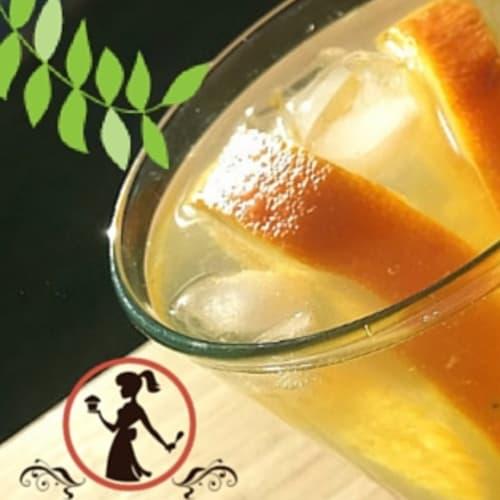 Bevanda detox al tè verde e arance