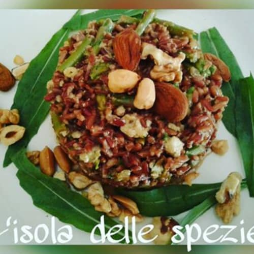 Integral Red rice with asparagus with nut pesto and rocket
