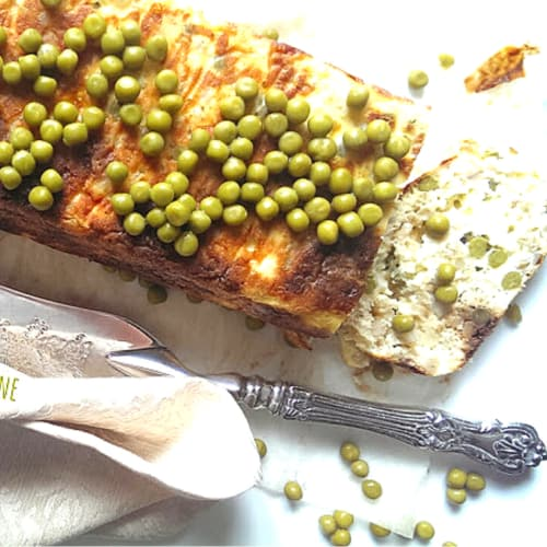 Meatloaf with ricotta, peas and cooked grain