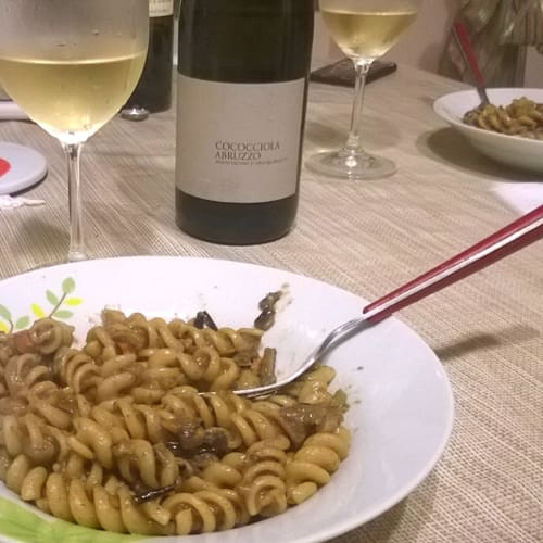 Fusilli with fried eggplant and mint fragrance