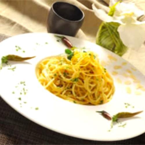 Espaguetis con almendras