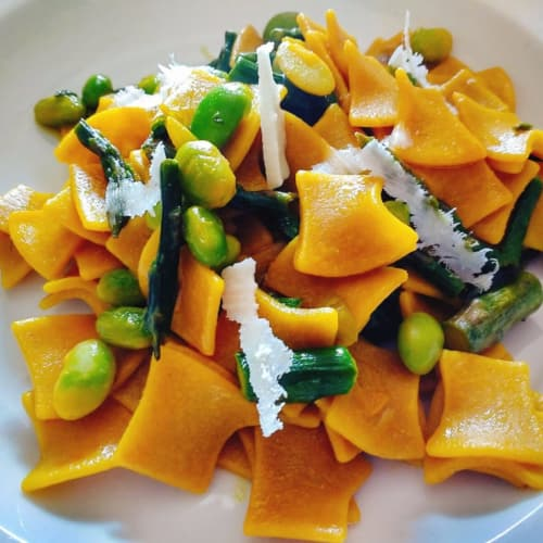 Tacconelle with broad beans, asparagus, saffron and pecorino cheese