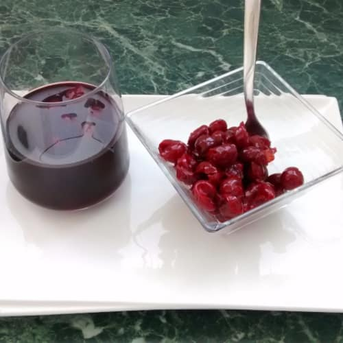 Cherry juice made at home