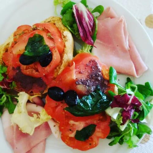 los tomates y la albahaca verano friselle