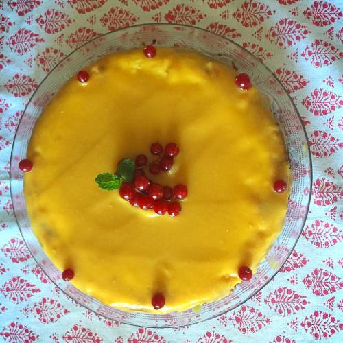 New York cheese cake with mango