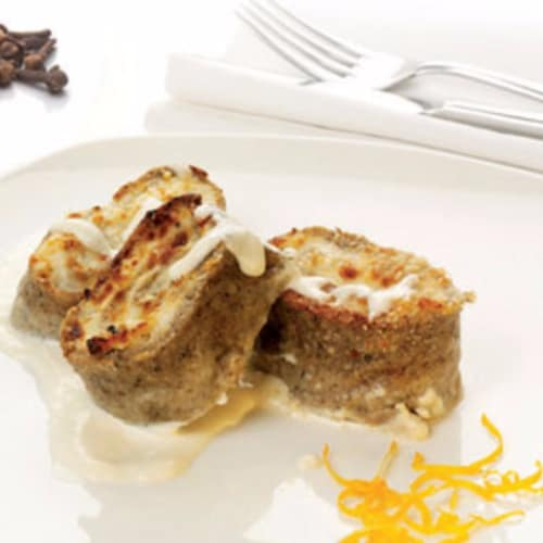 Roll the crepes with chicken mousse and truffle