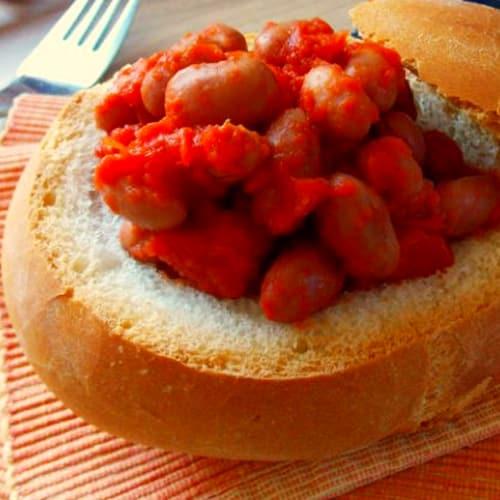 Frijoles con salsa de tomate