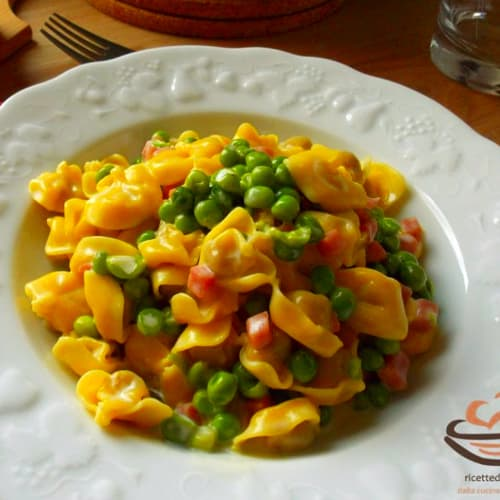 Tortellini panna ham and peas