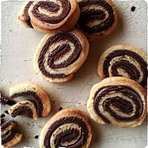 Whirlpools short pastry cocoa