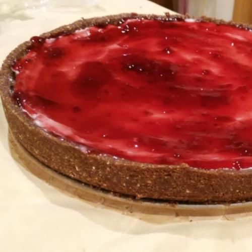Cheesecake with jam wild berry