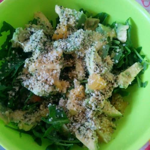 Rocket salad, avocado, oranges and hemp seed