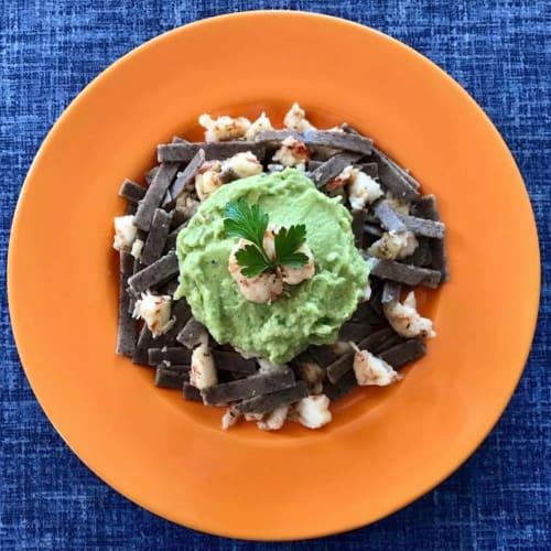 Pizzoccheri con gamberi e crema di broccolo ed avocado alla menta