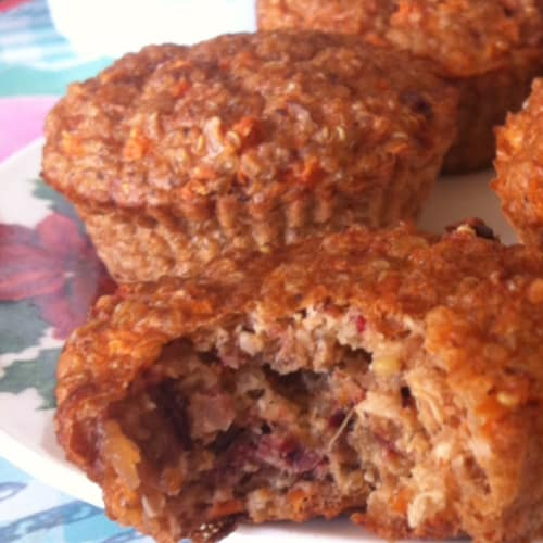 Carrot cakes with quinoa and almonds