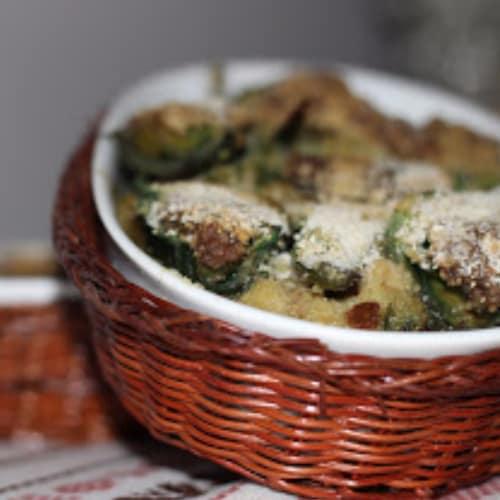Empanada cocida al horno alcachofas rellenas