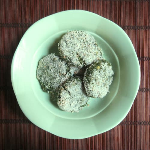Meatballs quinoa spinach and chickpeas