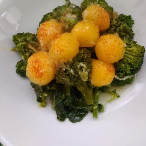 Broccoli with pumpkin balls