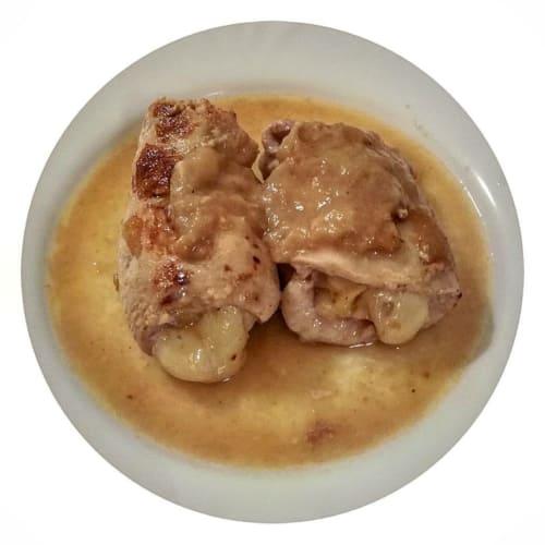 Involtini di pollo con pere e asiago