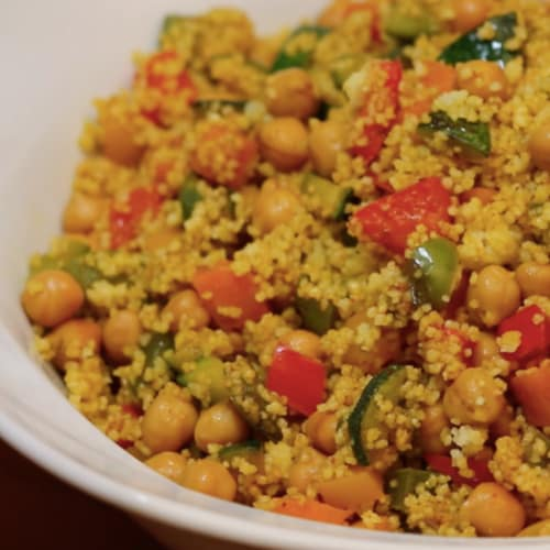 Cous cous with vegetables and chickpeas