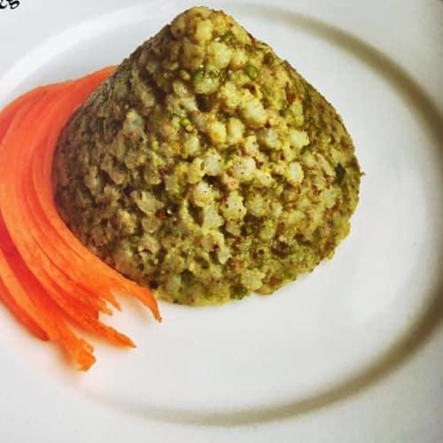 El sorgo blanco con pesto de pistacho