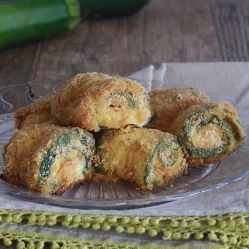Rotolini di zucchine con salmone affumicato e philadelphia