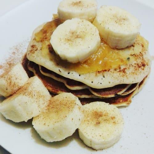 Frittelle di banana farina d'avena e flourless