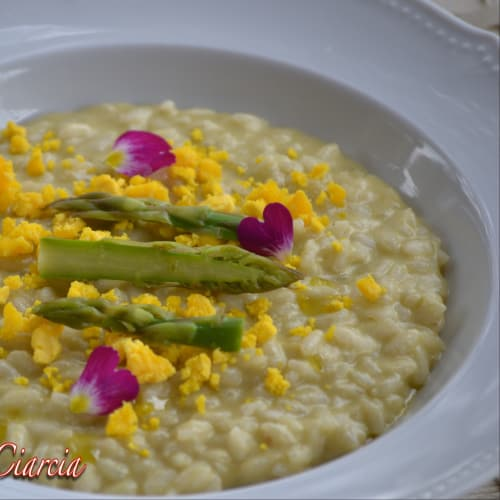 Risotto with asparagus and taleggio cream