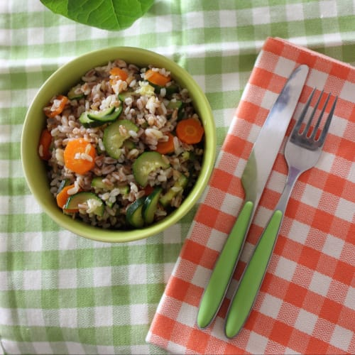 Salad with five cereals with seasonal vegetables