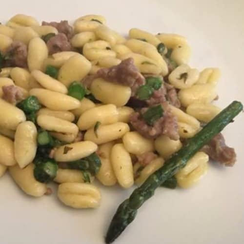 Sardinian gnocchetti with asparagus and sausage