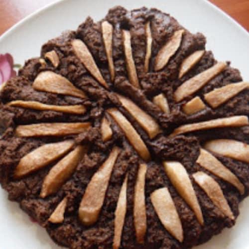 Torta de la pera y el cacao