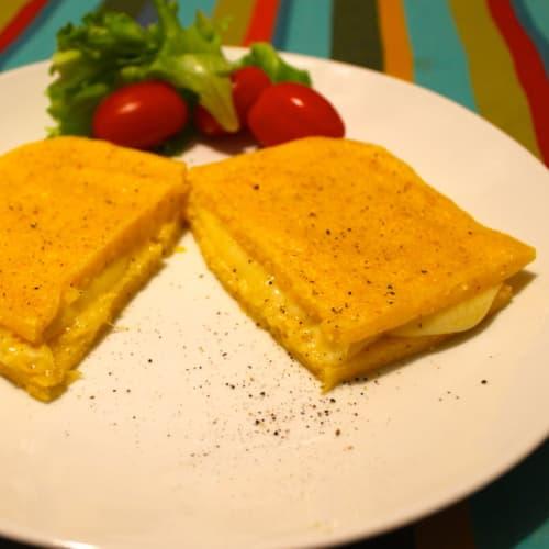Toast of polenta and fontina