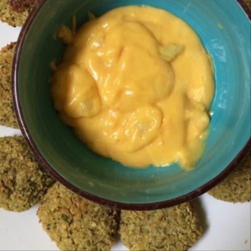 Salsa de queso vegana