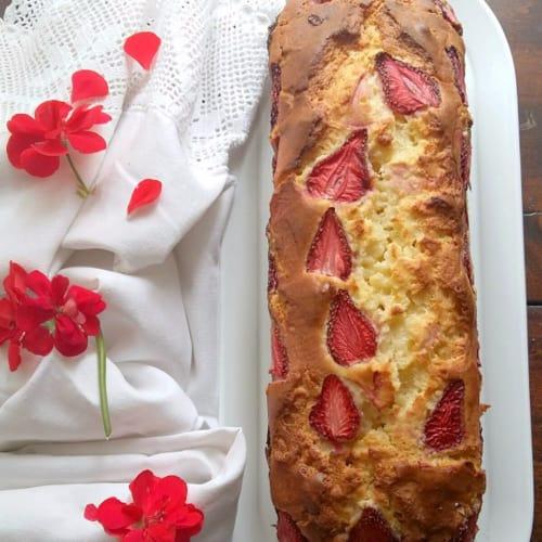 ricotta plumcake y fresas