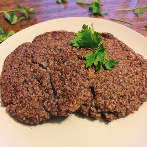 Burgers of quinoa and black beans